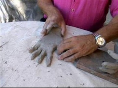 How to Make a Sculpture of Human Hands : Shaping the Pose of a Clay Hand Sculpture