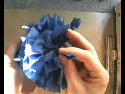 01: napkin flower