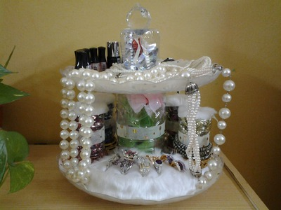 Best Out Of Waste Plastic Bottles & Plates Transformed to Jewelry Organizer