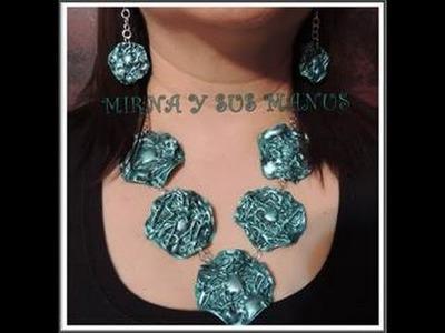 Collar reciclando plastico. .  Recycling plastic neckleace