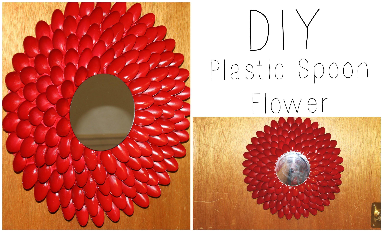 Diy plastic spoon flower wall hanging wreath house for Diy plastic