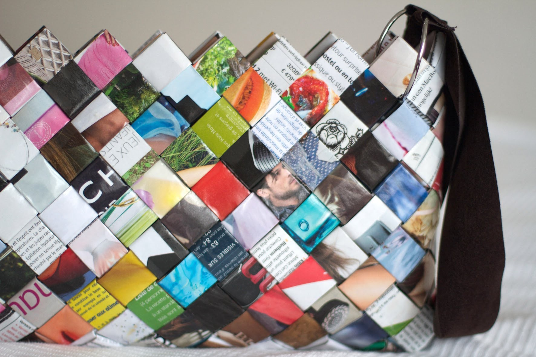 DIY Woven Paper Bag - Sac en Magazine