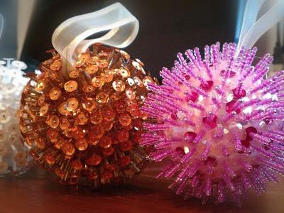 Esferas navideñas hechas con lentejuela y canutillo ♥ spheres made with sequins