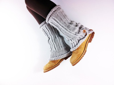 How to Loom Knit Leg Warmers (DIY Tutorial)