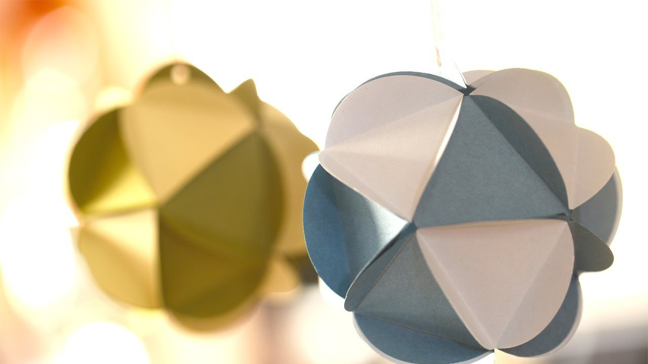 How to Make Paper Ornament Balls (Kid Friendly DIY Craft) || KIN PARENTS