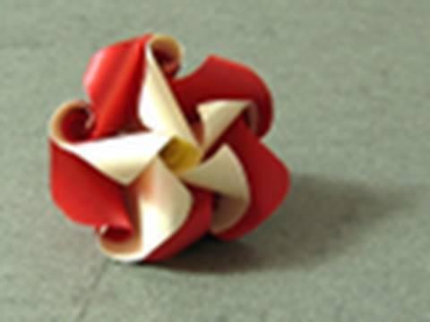 """Mother's Day Origami Instructions: """"Just Twist"""" Twirl (Krystyna Burczyk)"""