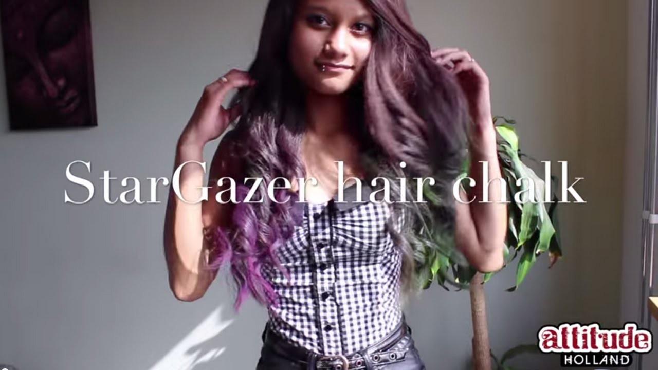 DIY StarGazer hair chalk tutorial, kleur je haar met haar krijt.