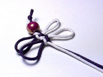 Handmade crafts - Dragonfly knot for a Bookmark
