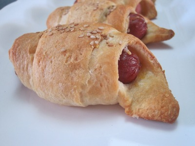 How to make PIGS-in-a-BLANKET - HOTDOGS, CHEESE rolled up in CRESCENT DOUGH