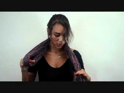 How to Tie a Scarf: Four-in-Hand