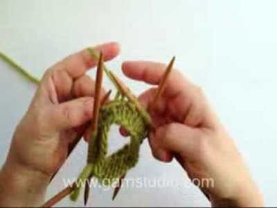 DROPS Knitting Tutorial: How tO Knit a spiral pattern