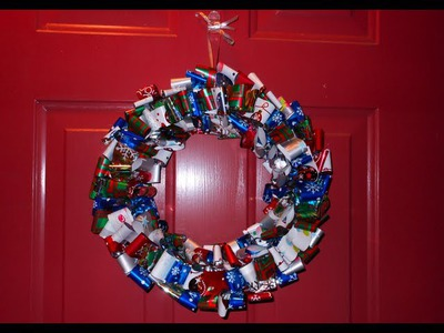 DIY: Looped Paper Wreath ♡ Theeasydiy #DoorDecor
