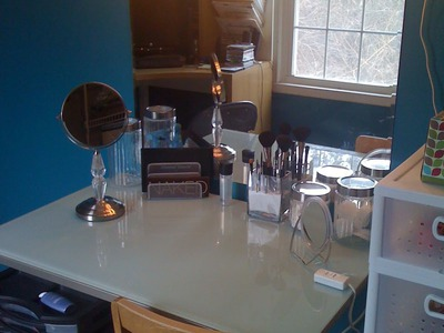 DIY Vanity and Makeup Organization on a Budget