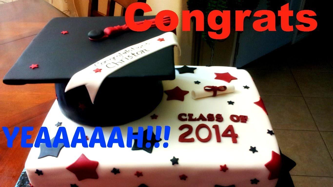Graduation Cap Fondant Cake