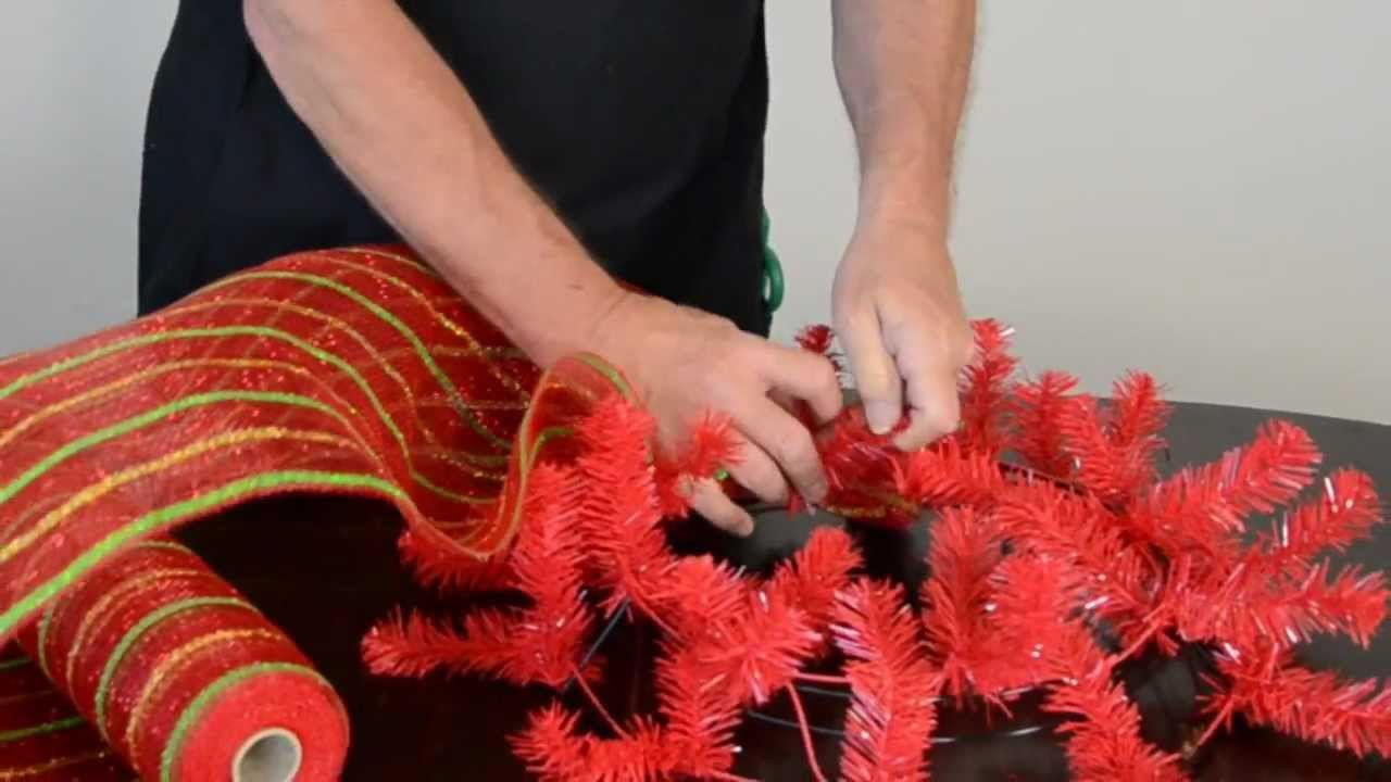 How to Make a Christmas Wreath with Deco Poly Mesh