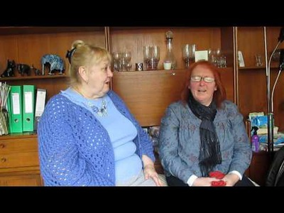 Jan and Sue discussing crochet shawls