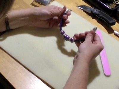 Antelope Beads - How to make a Regaliz® Leather Bracelet