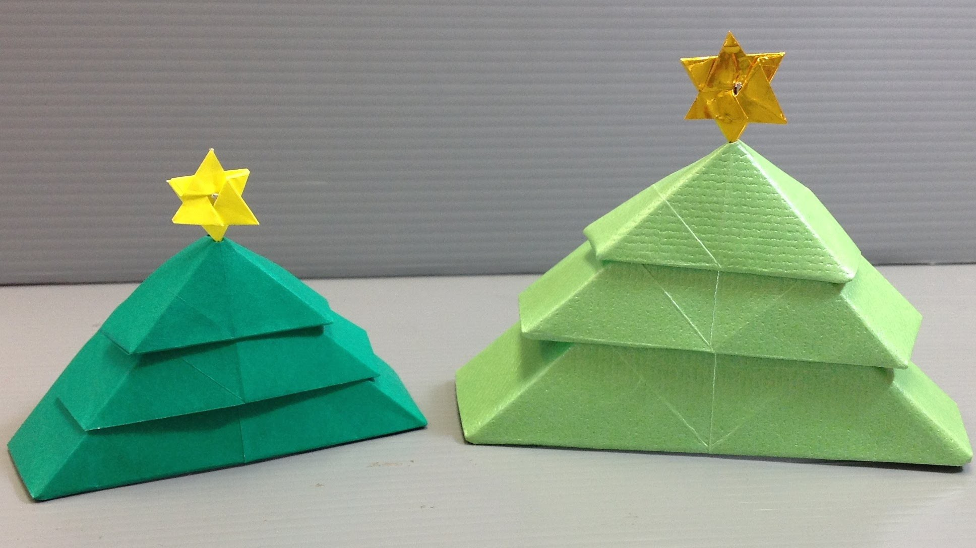 christmas tree origami If your kids are eager to make their own diy gifts for christmas these christmas tree corner bookmarks are perfect this is one of the simplest origami projects so it's perfect for beginners and as it only takes a few minutes to make it's also a great project for the classroom.