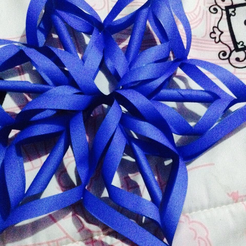 Estrella de papel origami papiroflexia my crafts and - Origami de una estrella ...