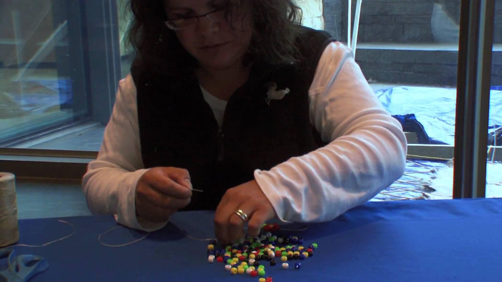 How to Make a Daisy Chain Bracelet: Step-by-Step with Teri Greeves (Kiowa) (Demonstration)
