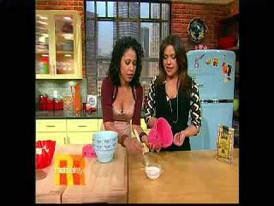 Projects on Rachael Ray. Cool DIY Bowls!!