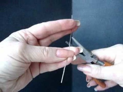 How to Make Paper Clip Bracelets