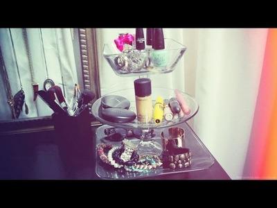DIY: Tiered Jewelry Stand