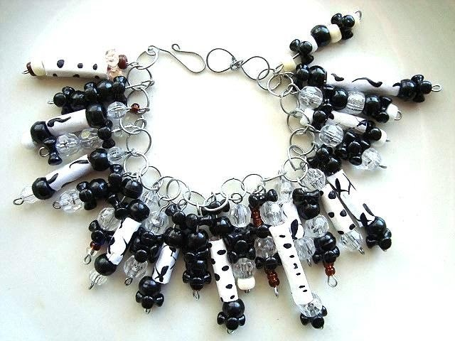 Make beads from plastic bags, recycle, jewelry making, bead making, plastic bag beads