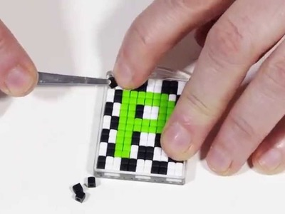 DIY by Panduro: Key ring with Pixel beads