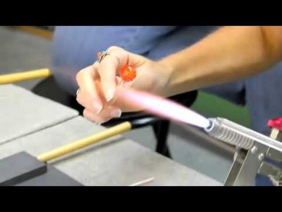 McMow Art Glass Beginning Torch work with Courtney