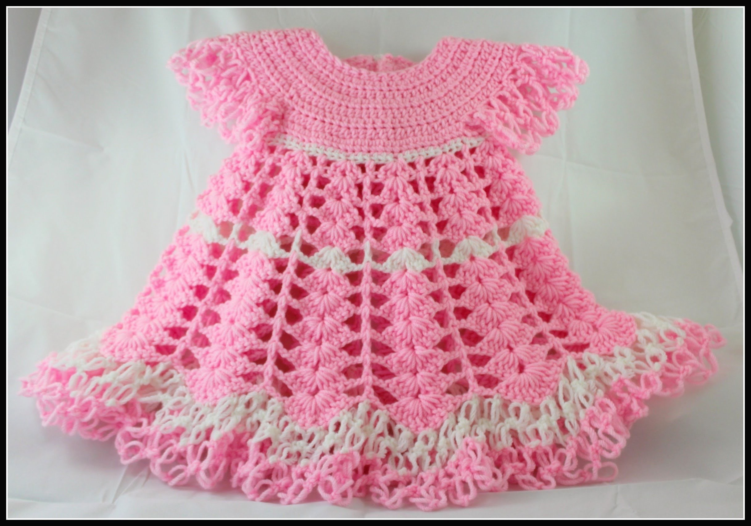 Crochet Baby Dress. Shells and lacy dress - Video 1. subtitulos en espanol