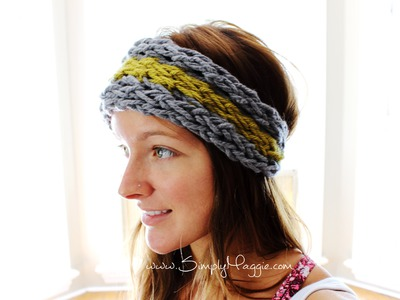 How to Finger Knit an Ear Warmer in 15 Minutes with Simply Maggie
