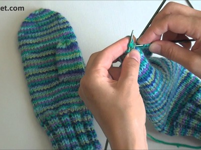 How to knit mittens - video tutorial with detailed instructions