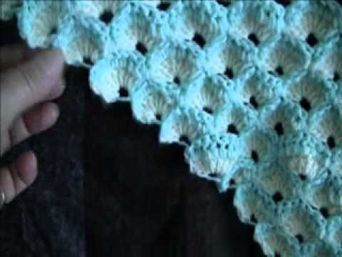 Introduction To Lisa's Shell Afghan Decreasing.wmv