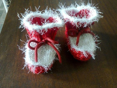 Как вязать пинетки  на спицах.  How to knit booties on spokes.