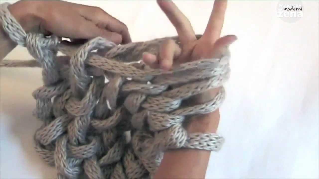 PLETEME RUKAMA   Knitting hands only