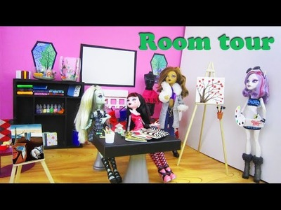 Doll Crafts: My Monster High Art Classroom Tour + Links for over 30 craft projects - Recycling - EP