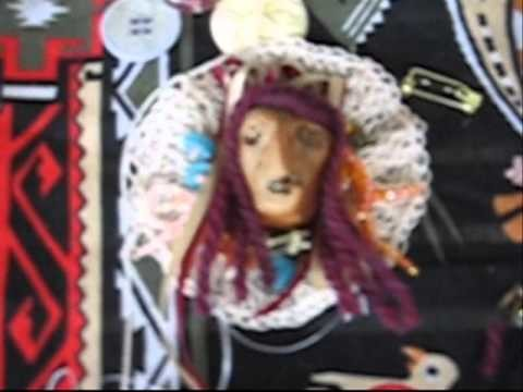 How to Crochet a Dollface Brooch or Ornament