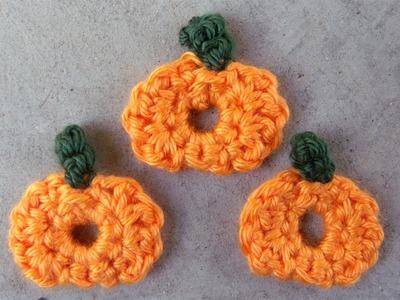 How to crochet a little pumpkin