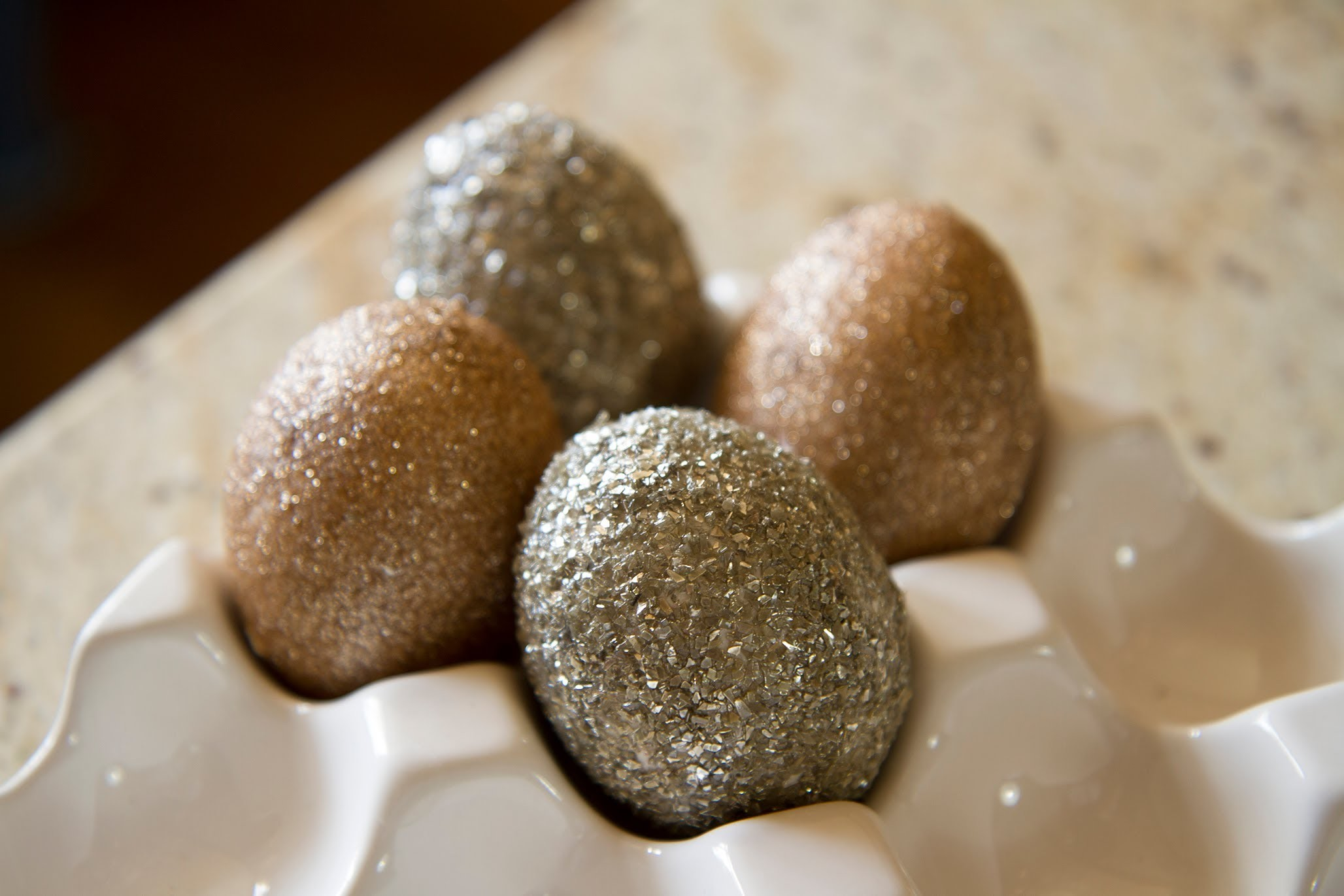 Glitter Easter Eggs - Let's Craft with ModernMom