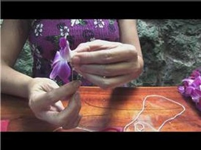 Making Hawaiian Leis : How to Make a Double Lei