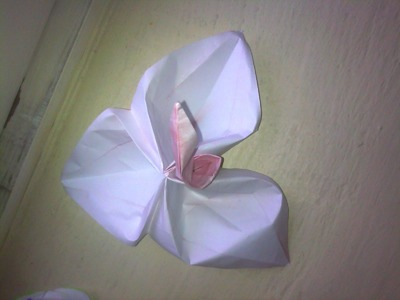 Origami Trillium (Flower with 3 Petals) for Mothers Day