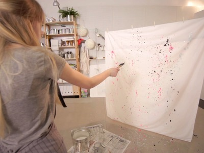 How to flick paint on a sheet
