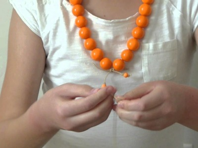 DIY Jewelry Tutorial: La Petite Bow Chunky Gumball Necklace (no tools needed)