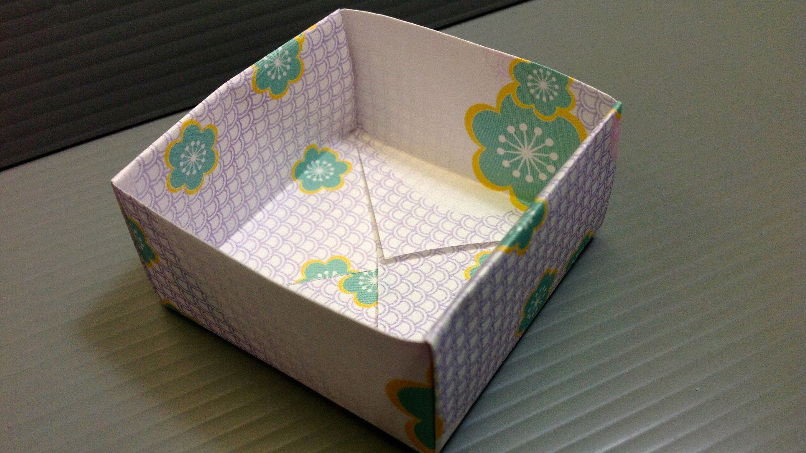 Free Origami Paper - Print Your Own! - Flower Yuzen