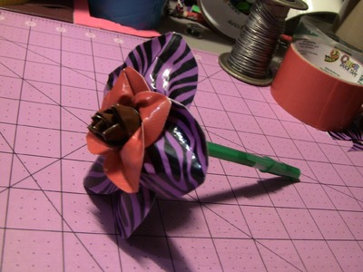 How to make a Duct tape flower (w. craft wire)