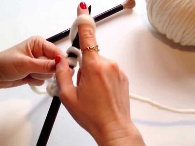 Montar puntos al tejer en la aguja - Cast on. Knitting. Tejer lana http:.www.thewoolcollection.com