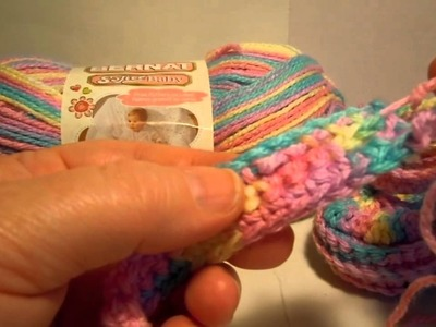 Bernat Crochet Baby Booties - Weaving in Ends on Strap