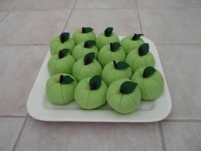 "Felt Crafts - FREE Felt Food Apple Patterns - (from the ""Felt Cuisine"" series)"