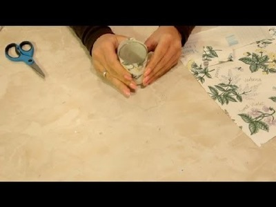 How to Craft With Wallpaper Scraps : Craft Projects
